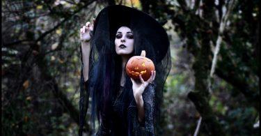 rüyada cadı
