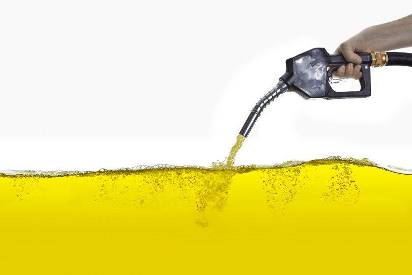 Rüyada Benzin