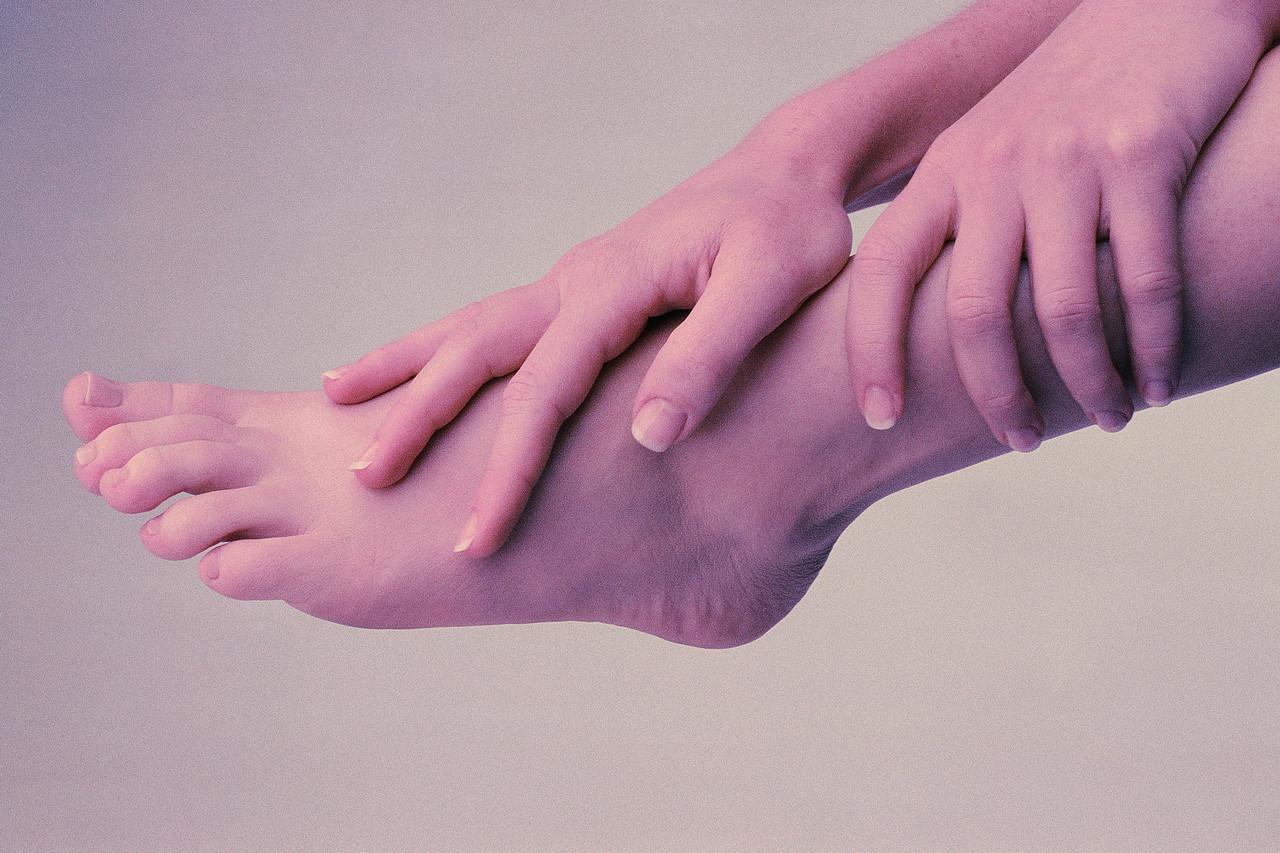 Rüyada Ayak Parmağı Görmek Neye Çıkar