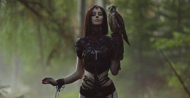 Rüyada Cadı Kadın Görmek