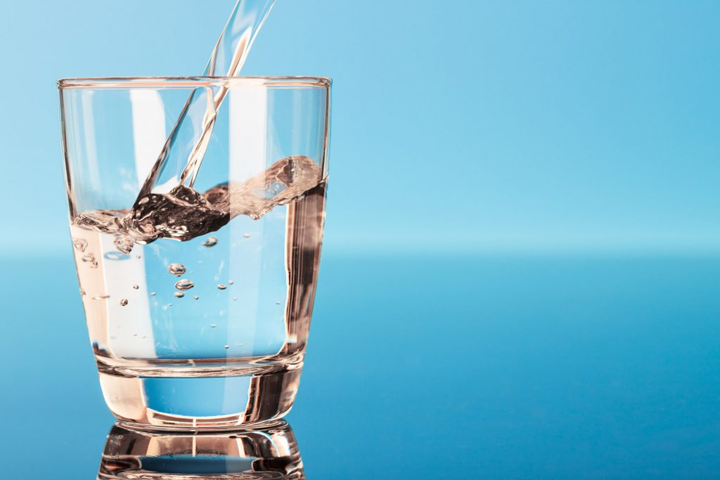 Rüyada Su ve Çay İçtiğini Görmek