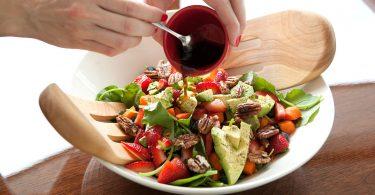 Rüyada Salata Yemek