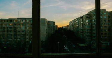 Rüyada Pencereden Bakmak
