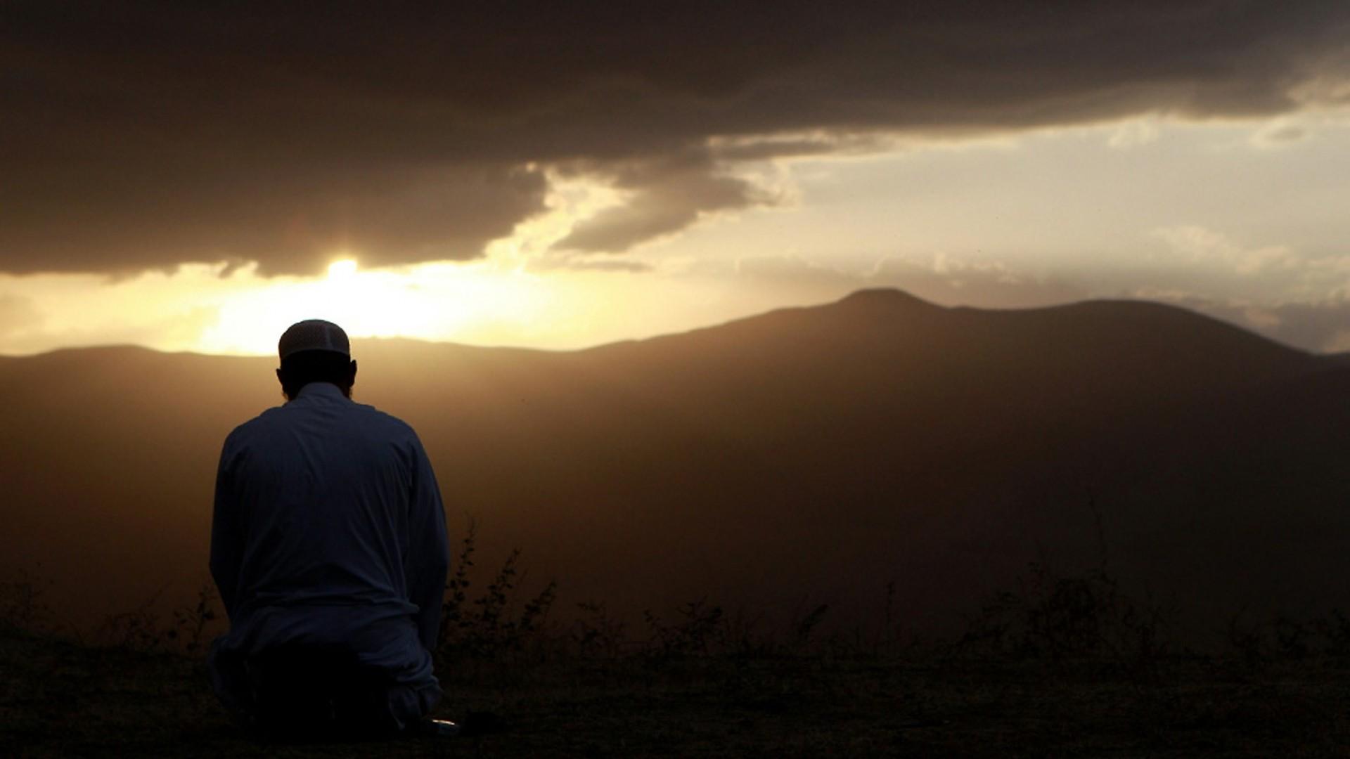 Rüyada Namaz Kılmak İsteyip Unuttuğu İçin Kılmamak