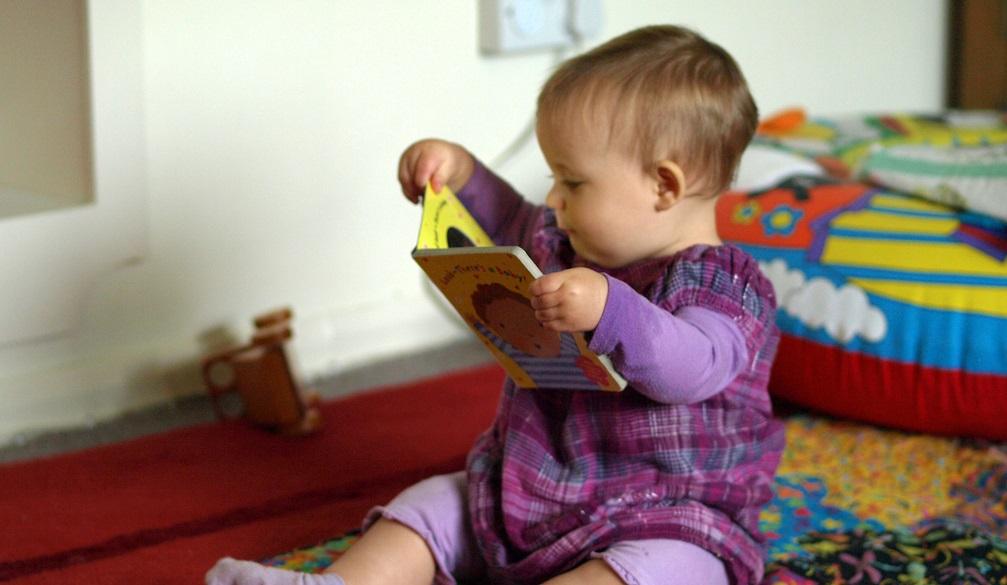 Rüyada Bebek Ağlaması Duymak ve Bebek Bezi Değiştirmek