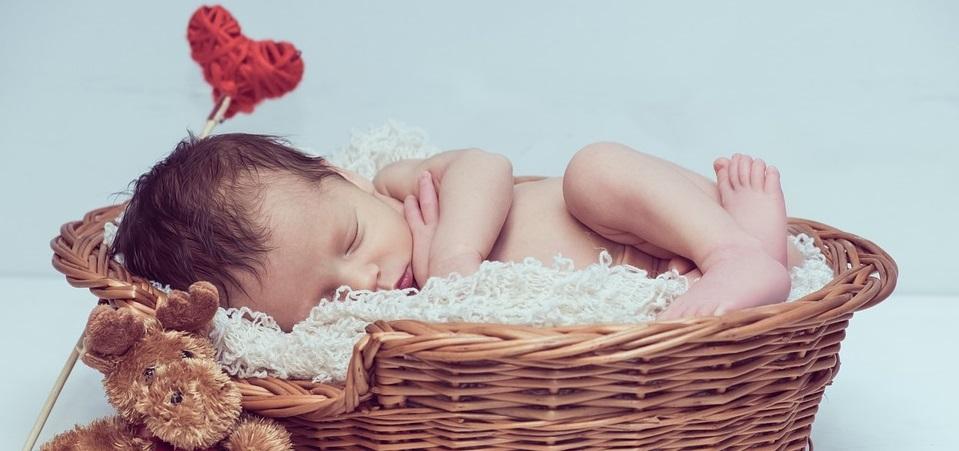 Rüyada Bebeğin Beşikte Ölmesi