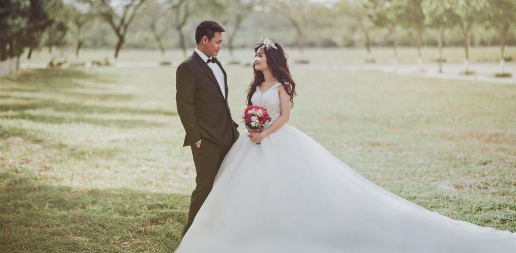 Rüyada Kendi Düğününde Gelinlik Giydiğini Görmek