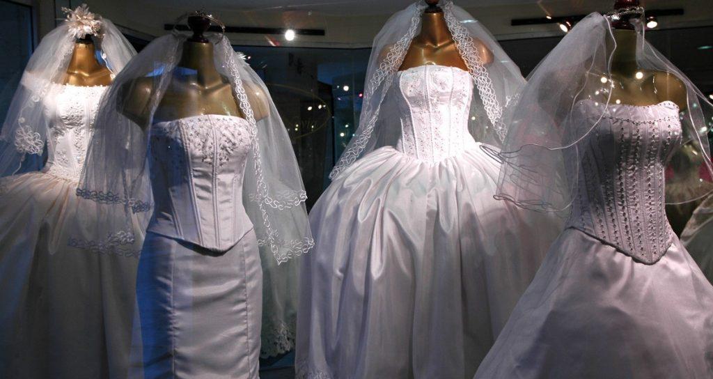 Rüyada Gelinlik Giydiğini Görüp Başkasının Düğününü İptal Ettirmek