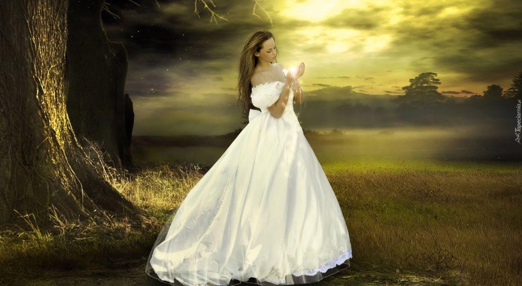 Rüyada Gelinlik Giydiğini Görmek ve Gelinliğin Lekeli Olması