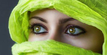 Rüyada yeşil bir başörtüsü görmek