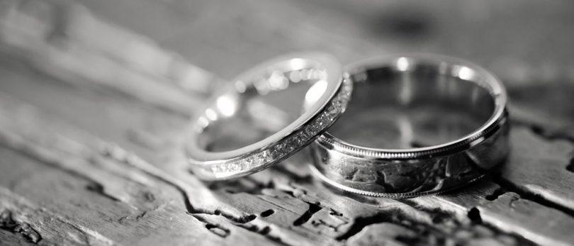 Rüyada Gümüş Yüzük Hediye Almak