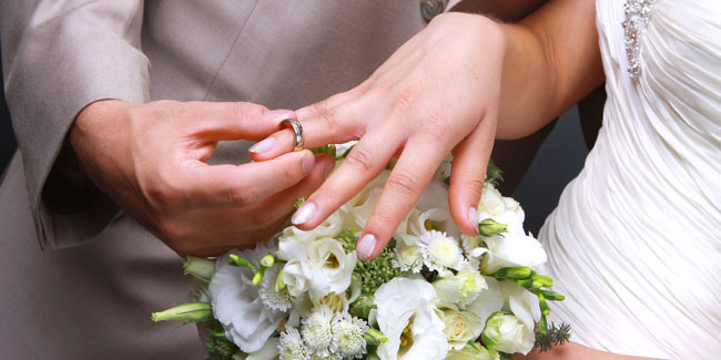 Rüyada Nişanlını Görmek ve Seni Aldatması