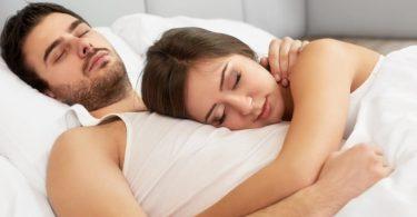 Rüyada Sevgiliyle Uyumak