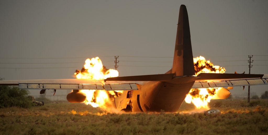 Rüyada Yakınınıza Uçak Düşmesi Görmek