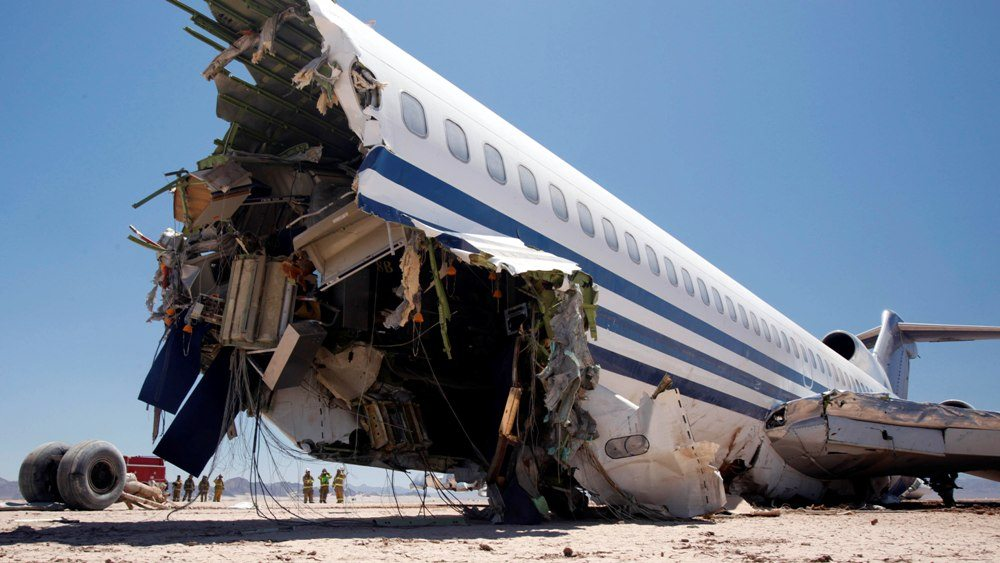 Rüyada Uçak İçindeyken Düşmesi Görmek