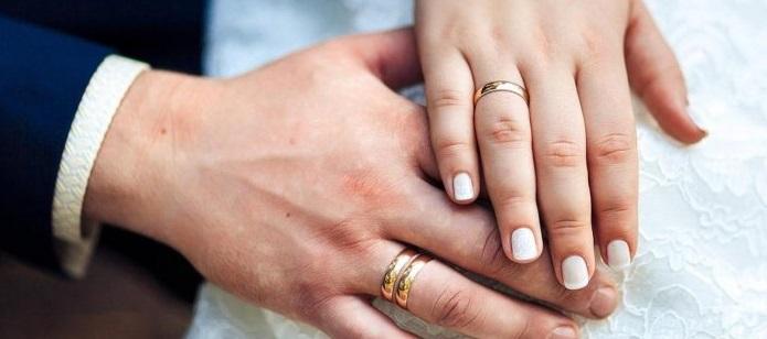 Rüyada Nişan Yüzüğü Takmak ve Düğünde Kaybetmek