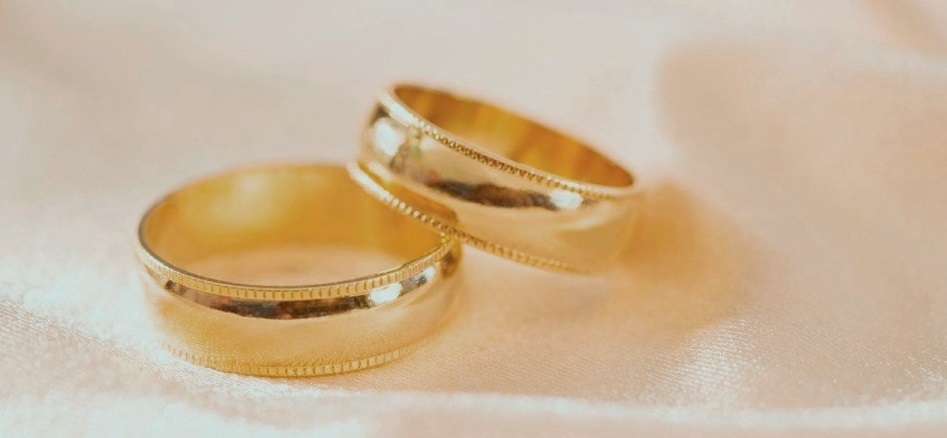 Rüyada Sahte Nişan Yüzüğü Takmak