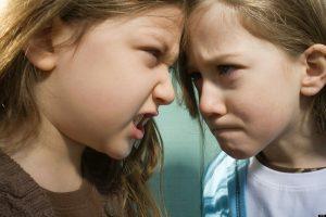 Rüyada Aileden Kavga Eden Birilerini Görmek