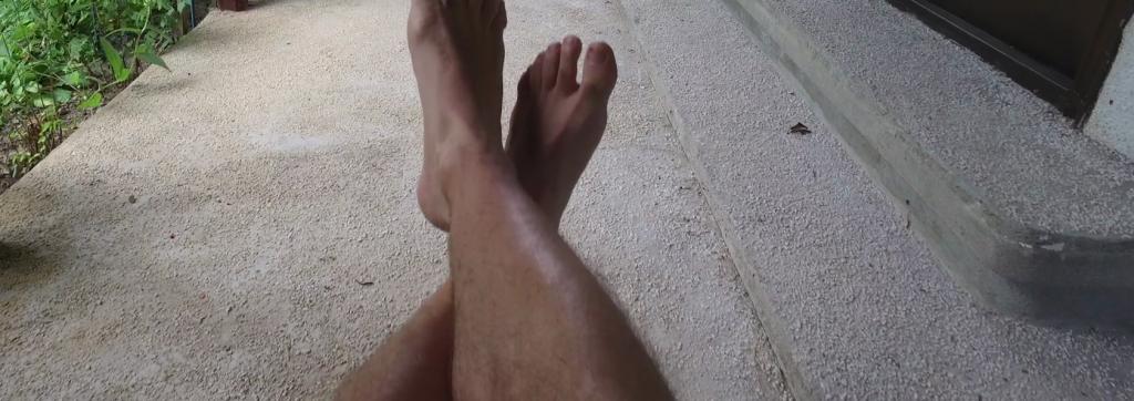 Rüyada Bacakta Kıl Görmek ve Başkasının Bacağını Görmek
