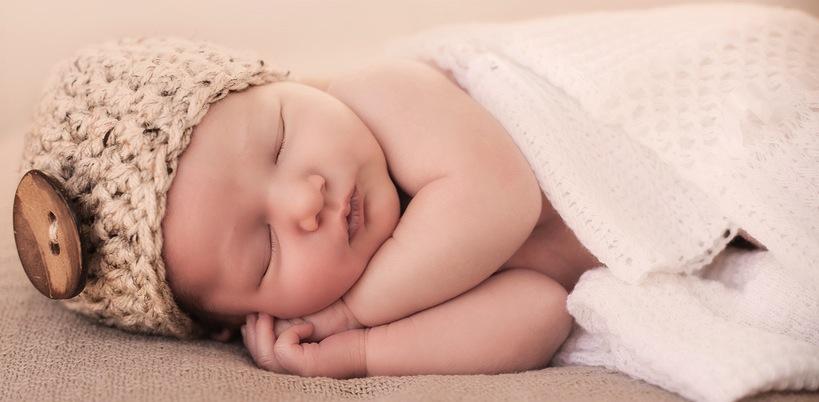 Rüyada Erkek Bebek Uyutmaya Çalışmak