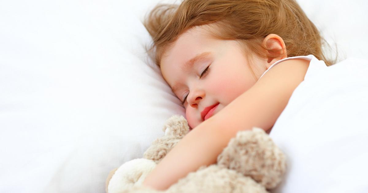 Rüyada Kız Bebek Uyutmaya Çalışmak