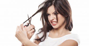Rüyada Saçını Kendin Kesmek