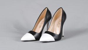 Rüyada Topuklu Ayakkabı Yitirmek