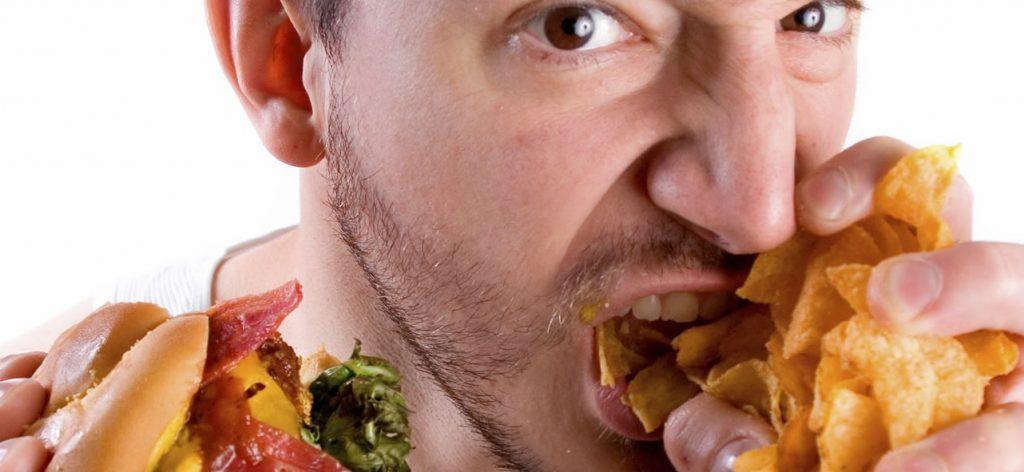 Rüyada Yemek Yiyenleri Görmek ve Tek Olmaları