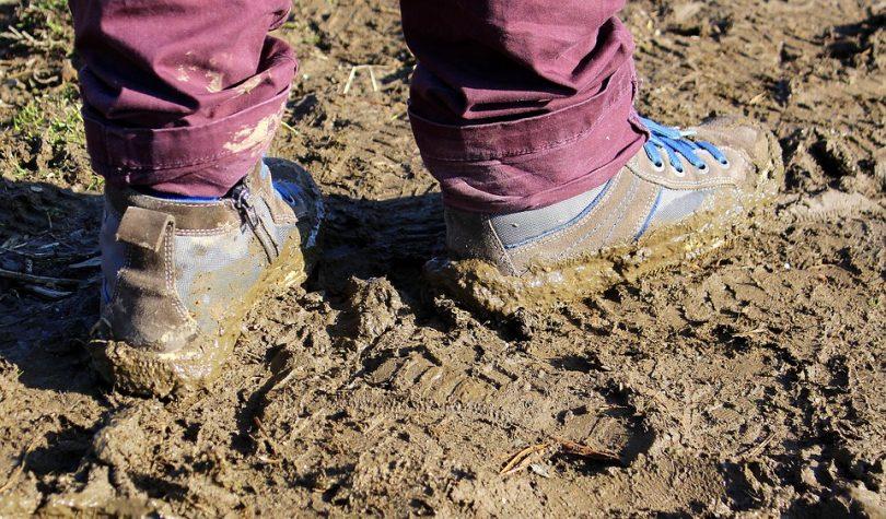 Rüyada Çamurlu Ayakkabı Görmek