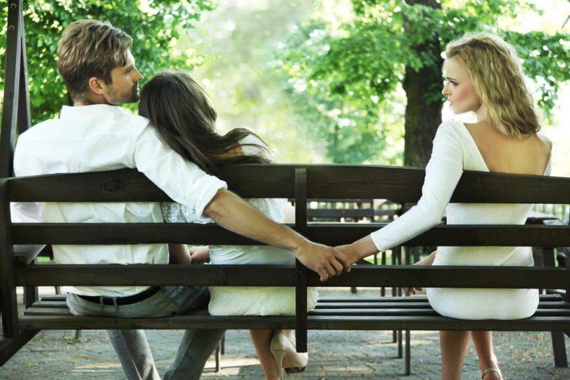 Rüyada Eşini Başka Kadınla Görmek