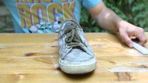 Rüyada Fakirlere Ayakkabı Dağıtmak