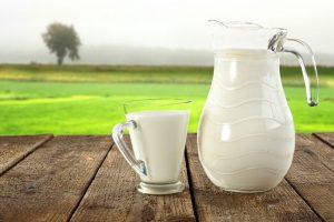 Rüyada inek Sütü Sattığını Görmek