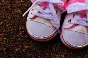 Rüyada Mahalleye Ayakkabı Dağıtmak