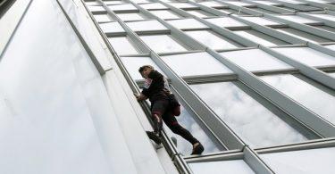 Rüyada Pencereden Atlamak