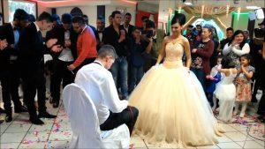 Rüyada Sevdiğini Başkasıyla Nişanlı Görmek
