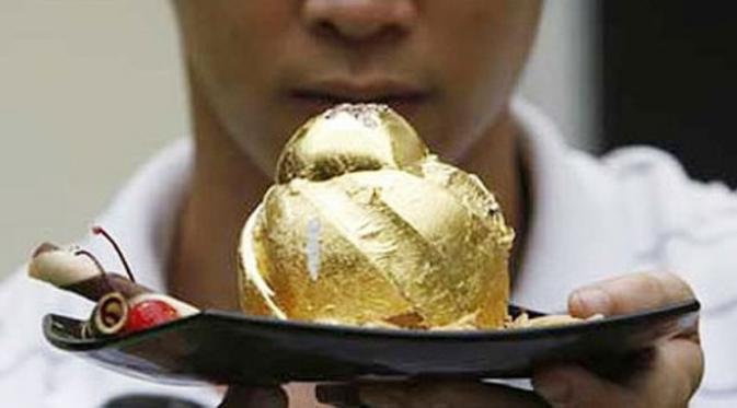 Rüyada Bir Altın Yüzük Yemek