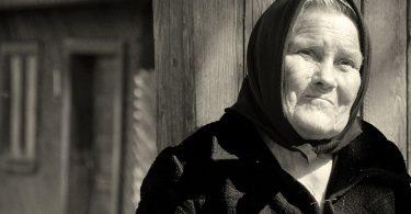 Rüyada Vefat Etmiş Anne Görmek