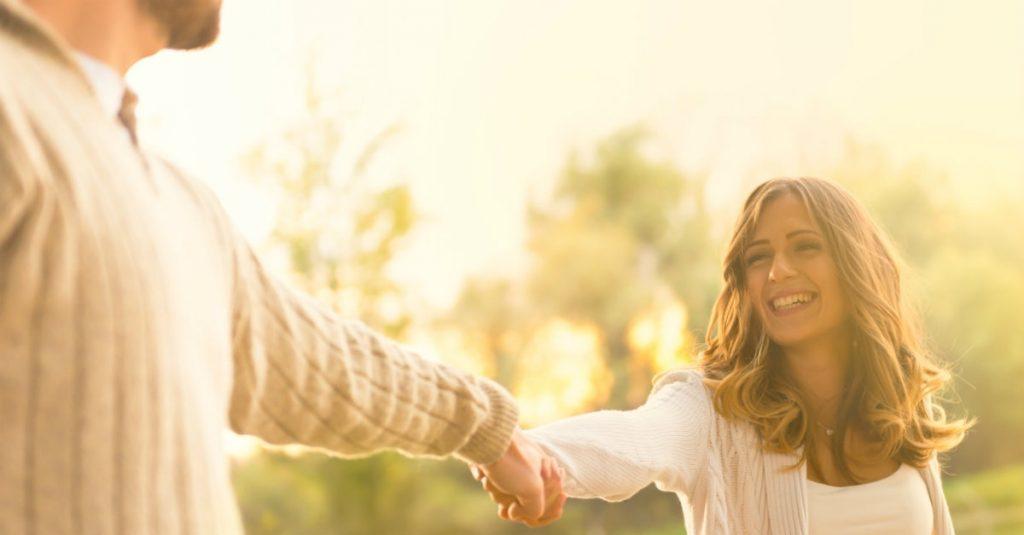 Rüyada İlk Eski Çıktığın Sevgilinin Yeni Karısını Evinde Görmek