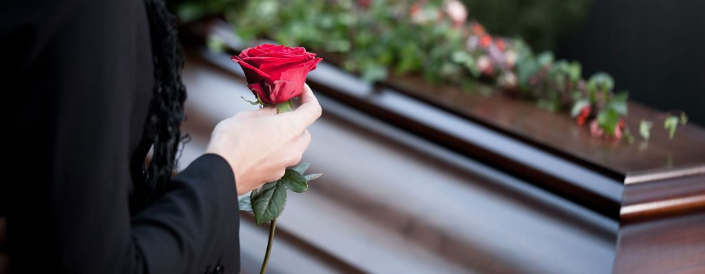 Rüyada Önceden Ölmüş Sevdiği Teyzesini Yolda Görmek