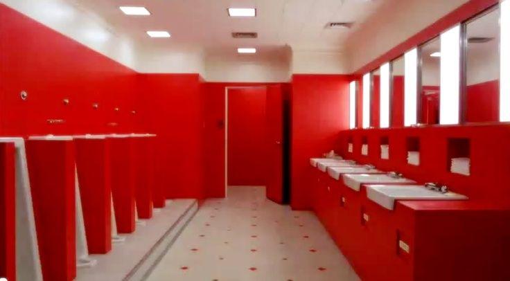 Rüyada Tuvalette Kan Görmek ve Eline Bulaşması