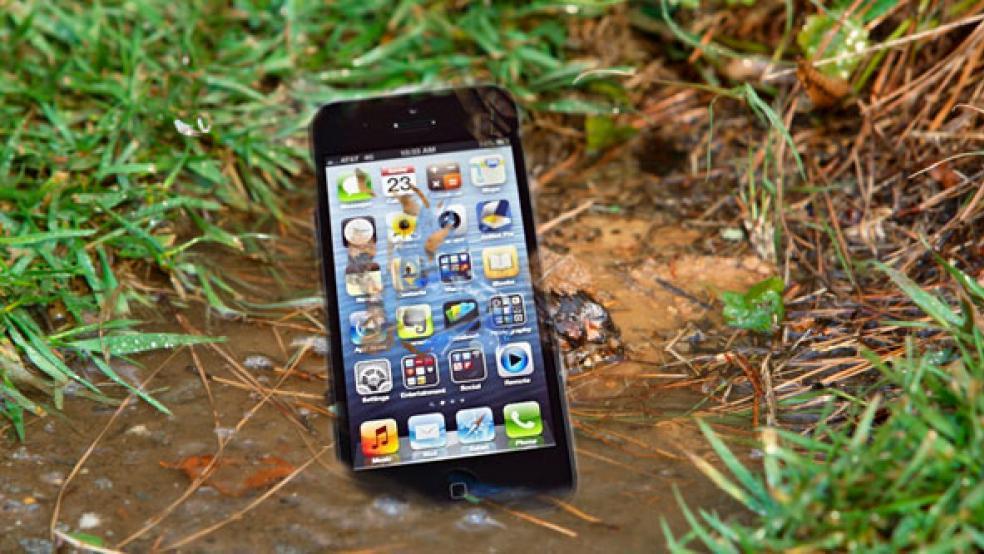 Rüyada Cep Telefonunu Kaybetmek Düşürmek