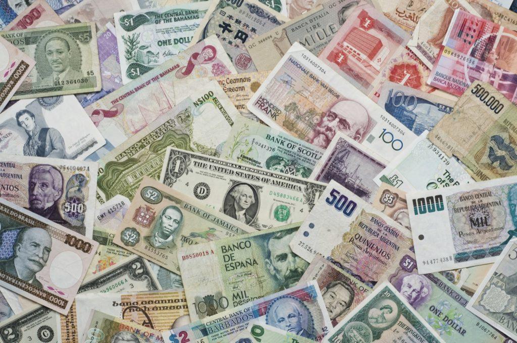 Rüyada Yerden Kağıt Para Toplamak Çok Olması
