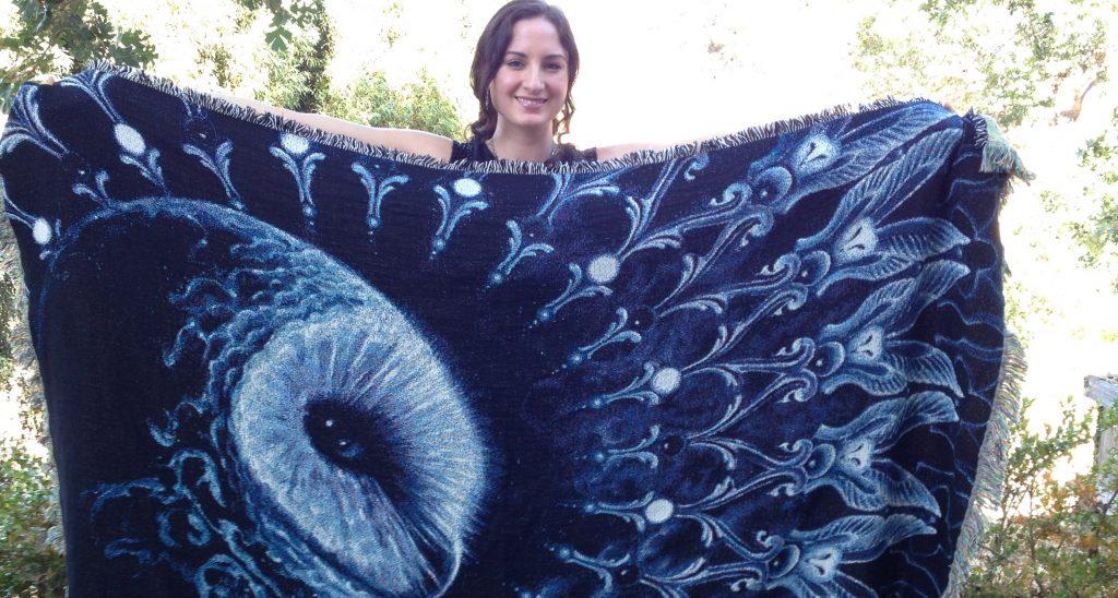 Rüyada Güzel Mavi Kışlık Battaniye Yıkadığını Görmek