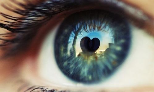 Rüyada Çok Uzaktaki Bir Sevgiliyi Yanında Görmek