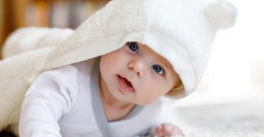 Rüyada Erkeğin Bebek Emzirmesi