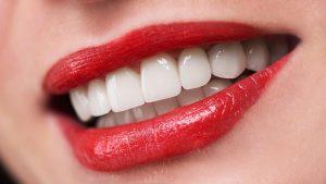 Rüyada Ön Diş Ucu Kırılması