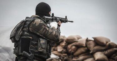 Rüyada Teröristlerle Savaşmak