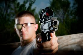 Rüyada Birini Silahla Öldürmek