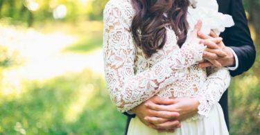 Rüyada Bekar Birinin Evli Biriyle Nişanlandığını Görmek