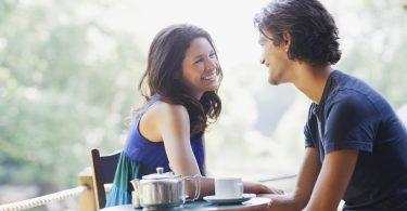 Rüyada Eski Sevgiliyle Nişanlanmak